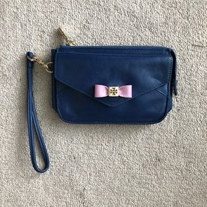 Handbags - Tory Burch Wristlet